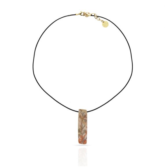 Lirios Gold Short Pendant
